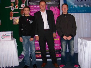 Left to right: Caerphilly Youth Forum Chair Nathan Jones, Children's Commissioner for Wales Keith Towler and Caerphilly Youth Forum member Nathan Flanagan.