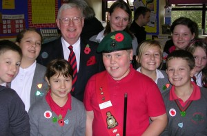 Islwyn MP Don Touhig with pupils from Pontllanfraith Primary School pupils.