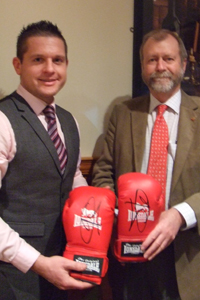 Jeff Cuthbert AM, right, with Gavyn Bolton, General Manager of the Maes Manor Hotel