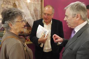 Ieuan Wyn Jones and Ron Davies at Caerphilly Indoor Market
