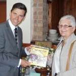 Islwyn MP Chris Evans with Ros Parker of the Fleur-de-Lys History Society