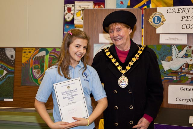 Ellie Tsipas with Caerphilly County Borough Mayor Vera Jenkins