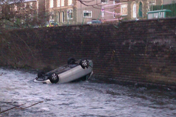 The car in the river in Machen - Picture sent in by Caerphilly Observer reader Tracy Williams.jpg