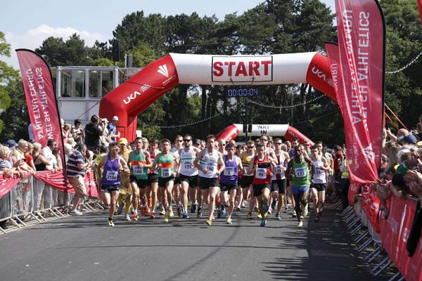 The 2014 Caerphilly 10k race gets underway