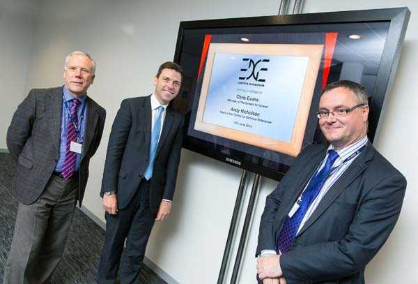 Chris Evans MP officially opens the new EDGE UK facility, with Steve Rowbotham (left), Chief Operating Officer of General Dynamics UK and Andy Nicholson (right), Head of the UK Centre for Defence Enterprise
