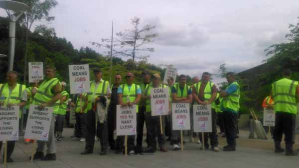 JOBS: Unite members in support of the mine