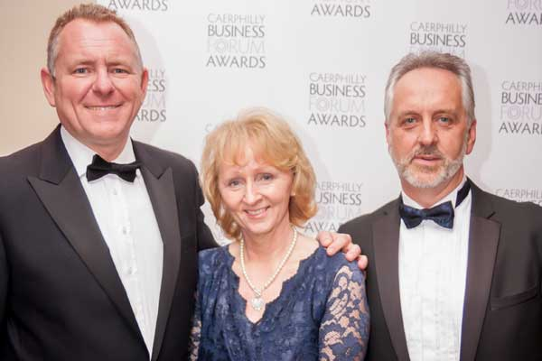 Glen Parry, of Premier award winners CPS Group with BBC Wales' Jamie Owen and Denise Roberts of Broomfield Alexander