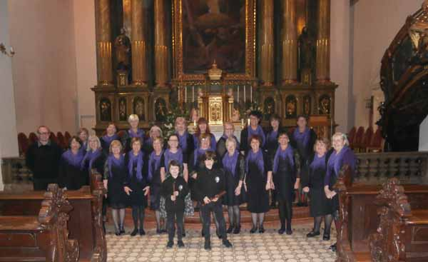 OH VIENNA!: Cefn Hengoed Ladies' Choir with Elliott and Jasper Bell, the young sons of Musical Director Jayne Bell