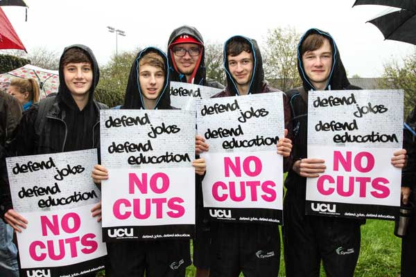SOLIDARITY: Studnets also came out against cuts to further education. Picture by oanneburgessphotography.com