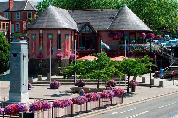 Visit Caerphilly Centre