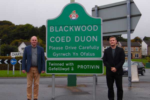 RESIGNED: Blackwood councillors Nigel Dix and Allan Rees