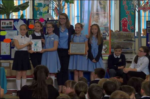 Kirsty Williams AM with pupils of Pentwynmawr Primary