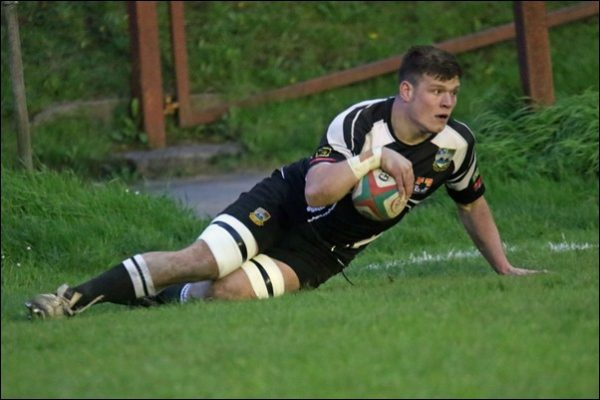 Andrew Waite scored two tries for Bedwas against Bargoed RFC