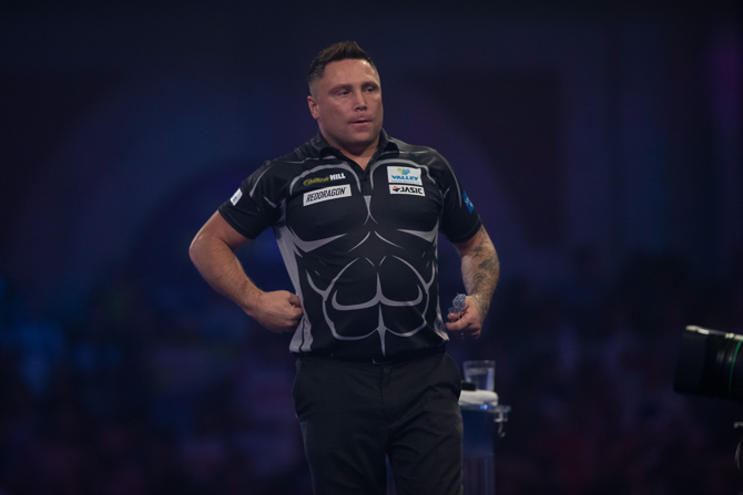 Gerwyn Price has apologised to Peter Wright following their spat at the semi-final of the PDC World Championship
