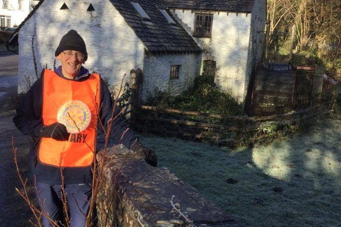 David Ellis is raising funds for the breast care unit at Ysbyty Ystrad Fawr