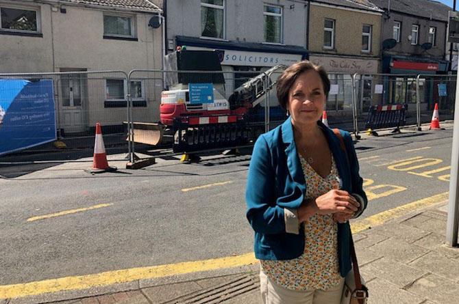 Dawn Bowden MS at Rhymney High Street