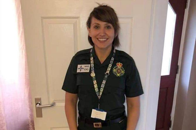 Tributes have been paid to Welsh Ambulance Service call handler Louise Thomas