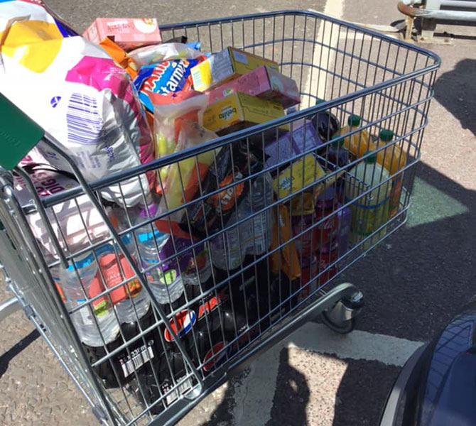 Residents pooled in to buy snacks for the firefighters battling the Machen Mountain blaze