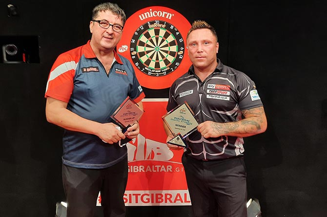 Gerwyn Price, right, with Mensur Suljovic